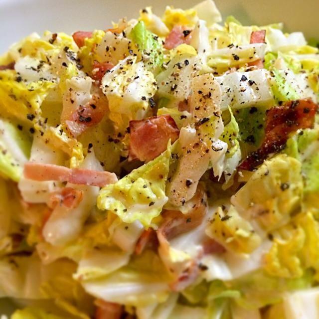 シャリシャリ食感でジューシーな生の白菜、箸が止まらない。 - 15件のもぐもぐ - 生白菜とベーコンのサラダ by masaume