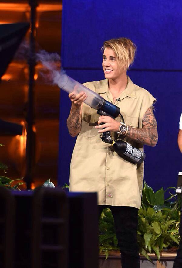 Justin Bieber on The Ellen Show - September 2015