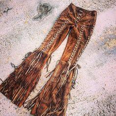 "Boho style, free spirit- India Wakanda (@indiawakanda) no Instagram: ""Pantalón en piel o antelina DAKOTA✨ Wakanda ✨ FREE SPIRIT✨"""