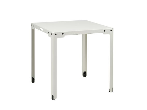 Functionals, T-Table (70x70x73 cm) Indoor white, Design: Serener http://functionals.eu/products/tables/t_table