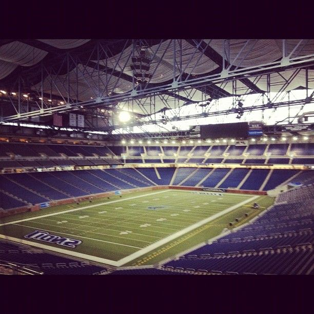 Ford Field, located in Downtown Detroit, Michigan is the home field of the Detroit Lions as well as the annual Quick Lane Bowl college football bowl game. The regular seating capacity is approximately 65,000. http://skicks.com/blogs/recent-articles