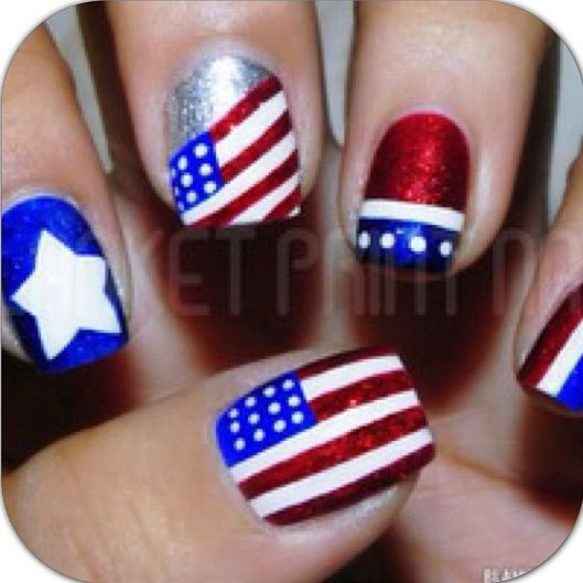American flag nailsJuly Nails, Nails Art, Nails Colors, Nails Design, Fourth Of July, Usa Nails, 4Th Of July, Patriots Nails, Blue Nails