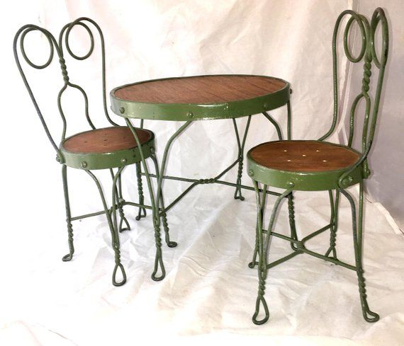 Antique Wrought Iron Doll Child Table 2 Chairs Ice Cream Kids