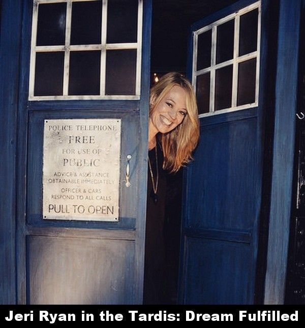 jeri ryan in a tardis