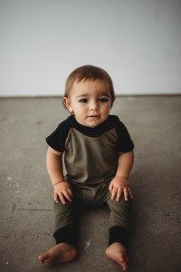 Slip on rompers have no snaps and no zippers! Slip it on through the neck like a swimsuit and avoid fighting with that toddler (who has suddenly mastered the alligator roll) while you attempt to sn…