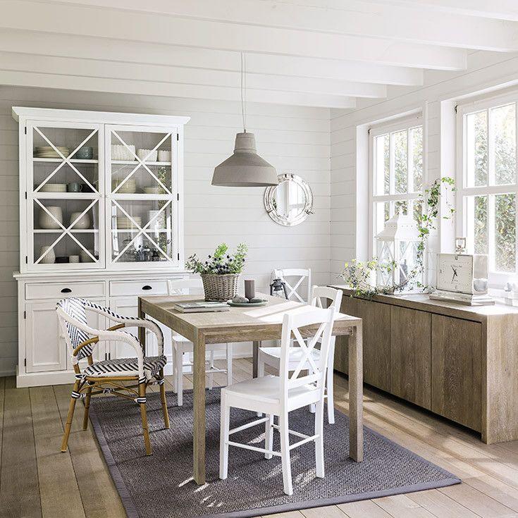 25 beste idee n over witte stoelen op pinterest eetkamer kleuren en eetkamer gordijnen - Tafel en witte stoelen ...