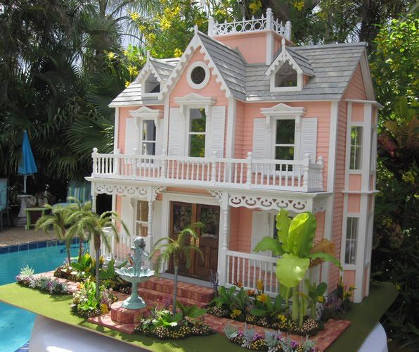 1702 best images about dollhouses artistic unique on for Unique doll houses