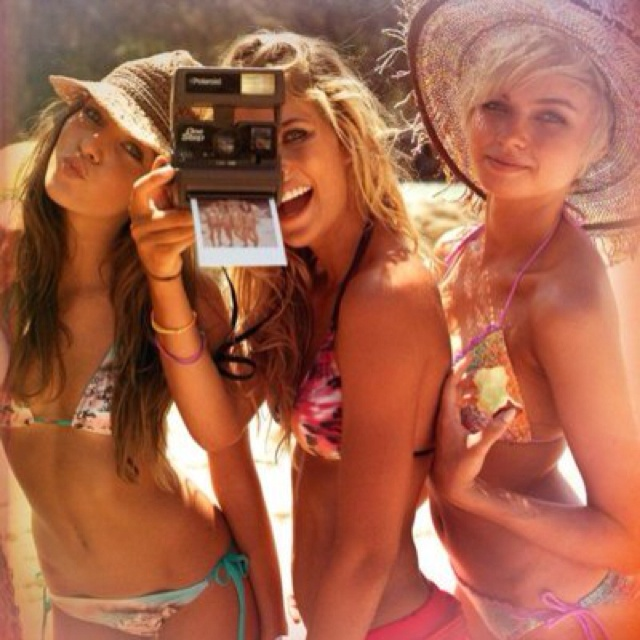 Pink Summer, Best Friends, Beach Fun, At The Beach, Summer Girls, Summer Fun, Summertime, Summerfun, Summer Time