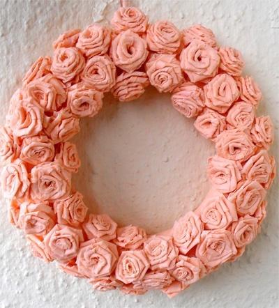 Barack színű rózsa ajtódísz #wreath #meska #bien