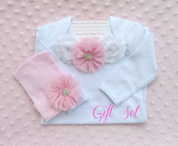 Baby girl outfit includes newborn hat and by PinkandBlueBonnets