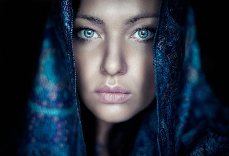 Photograph Self portrait by Valeriya Tikhonova on 500px Camera    NIKON D700 Focal Length    50mm Shutter Speed   1/60 s Aperture    f/1.4 ISO/Film    500
