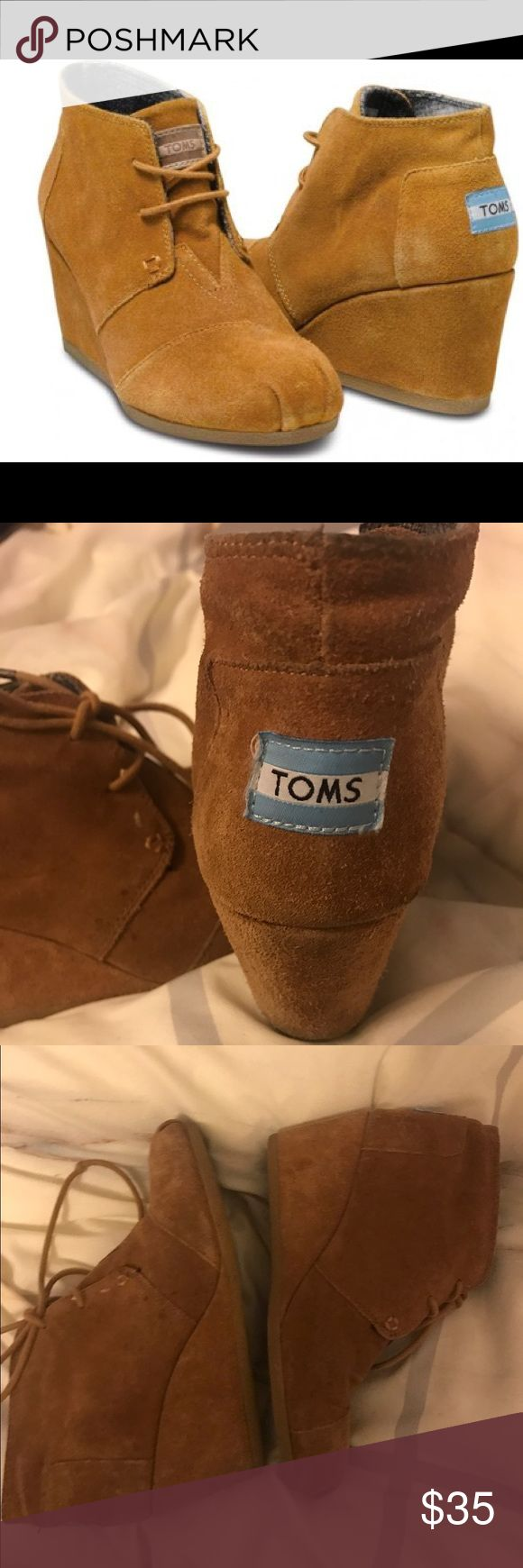 Toms Desert Suede Wedges in Chestnut Toms Chestnut Desert Suede Wedges size 7 TOMS Shoes Wedges