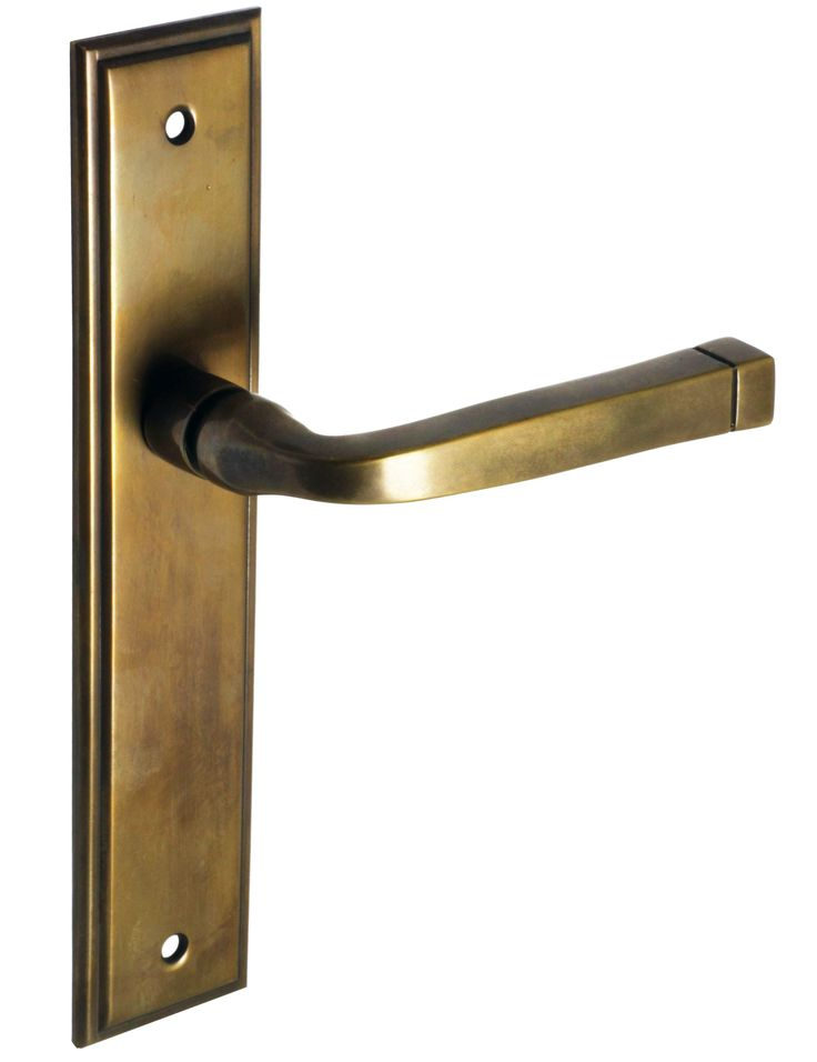 Lever handle in lightly aged brass. This design is timeless and suits a variety of styles.