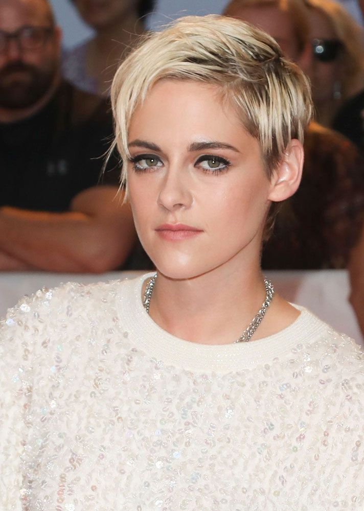 Stylecaster Short Hairstyles Hair Inspiration Short Haircut Inspiration Short Hair In 2020 Kristen Stewart Hair Kristen Stewart Short Hair Short Hair Styles