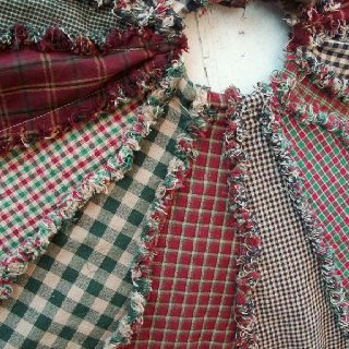 Rag quilt tree skirt