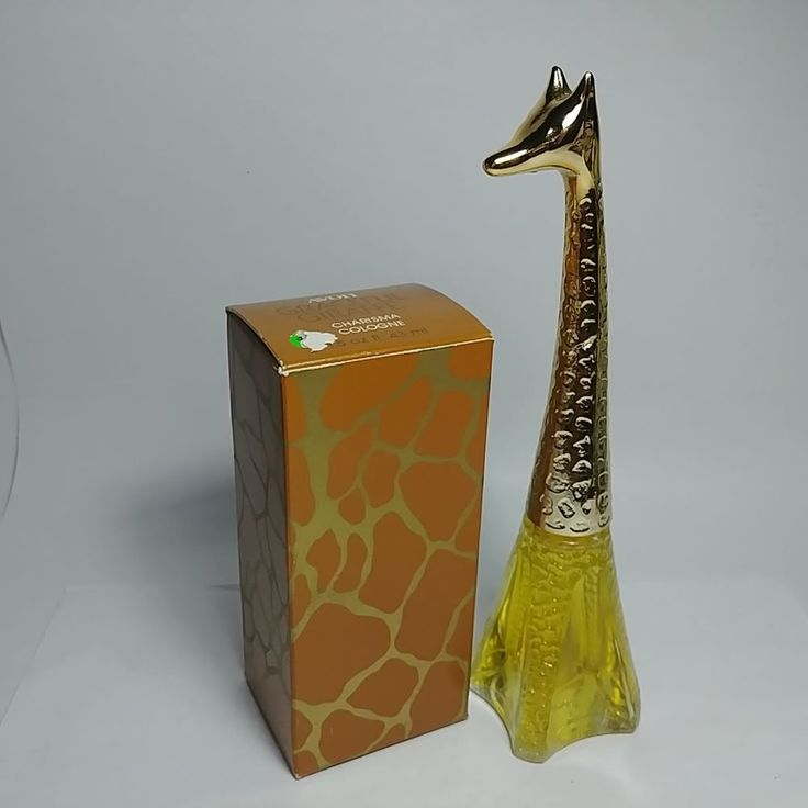 Vintage AVON Graceful Giraffe Charisma Cologne Full 1.5 Oz Bottle Original Box