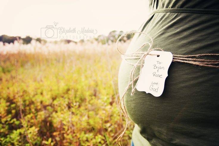 baby bump maternity pregnant photoshoot