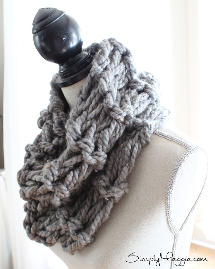 How Many Stitches Per Minute Knitting : DIY Arm Knit Garter Stitch Scarf in 20 Minutes - www.SimplyMaggie.com Looks l...