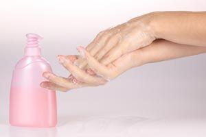 ***¿Cómo hacer una Crema Exfoliante casera?*** Recetas de cremas exfoliantes caseras para el rostro, manos, pies y todo el cuerpo; y tu piel lucirá cuidada y joven recobrando su dulzura natural.....SIGUE LEYENDO EN...... http://comohacerpara.com/hacer-una-crema-exfoliante-casera_1573b.html