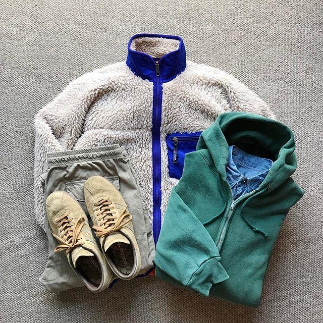 Today's Outfit. ↓ 00's Old #Patagonia #RetroCardigan 60's Vintage #Spruce W-Face Thermal Zip Hooded Sweat Shirt 40's Vintage U.S.Navy Chambray Work Shirt #SaveKhakiUnited Twill Easy Pants #adidas Tobacco ↓ #DailyFashion #Cordinate #Vintage #Fashion #FashionPost #今日の服 #ビンテージ #ファッション #アメカジ #コーディネート #パタゴニア #スプルース #セーブカーキユナイテッド #アディダス