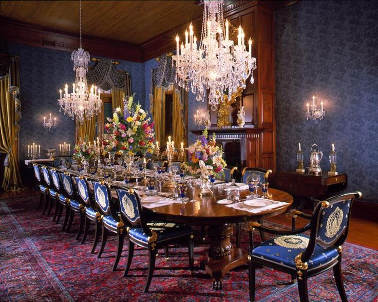 Crystal chandelier in dining room new construction of for Beautiful traditional dining rooms
