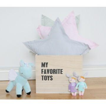 Deze Kanindocka poppen (12 cm) met vrolijke konijnenoren en roze blosjes op haar wangen zorgen voor veel speelplezier en hebben een hoog knuffelgehalte! Het ideale knuffelvriendje voor je kindje!