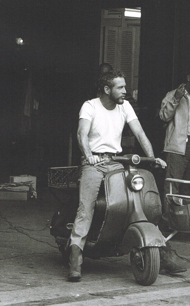 Paul Newman on a Lambretta LD.