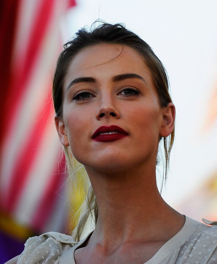 The Vogue, stylish and Sex Amber Heard Plushy wet lips...