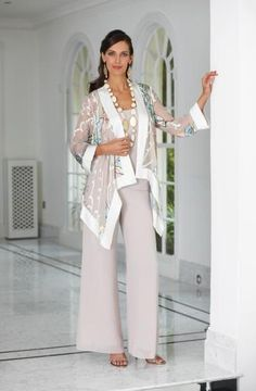 Stylish Ladies Trouser Suit For Wedding In UK