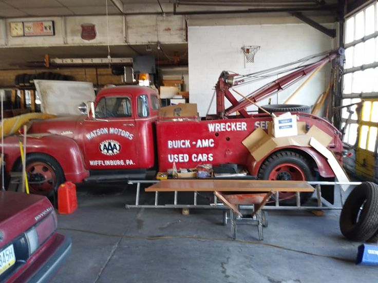 Pin by Larry Hartline on tow trucks Tractor trailers