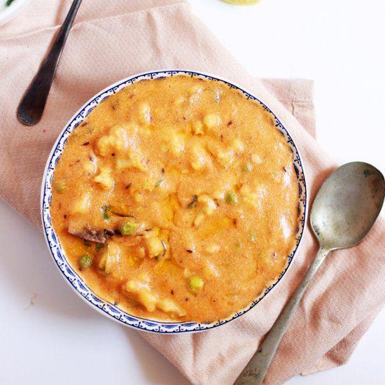 Rich And Silky Turkey Gravy Recipe — Dishmaps