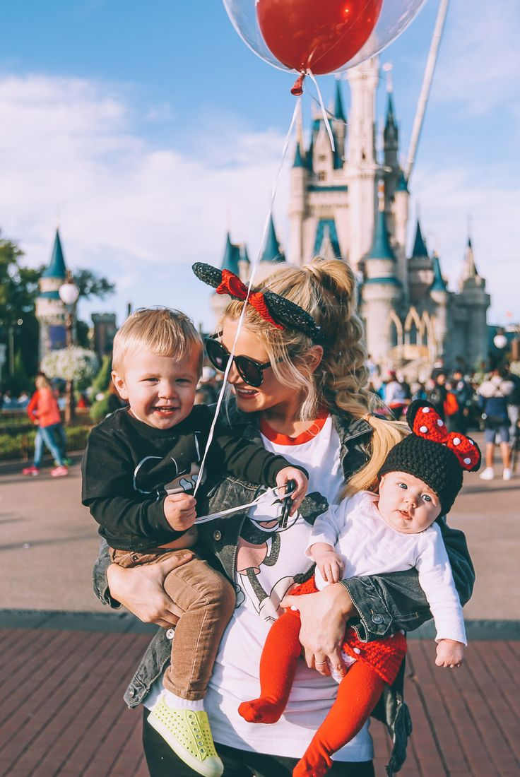 #fail FAILLLLLLL. Because taking a newborn and a terrible twos staged kid to Disney makes soooo much sense. Get out of your fantasy world and go home Pinterest! You're drunk.