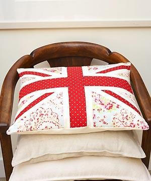 Make the Union Jack pillow (click image for Instructions) and make an American flag out of the same material (AND A TEXAS FLAG WHILE YOU'RE AT IT!) -- For my future home, people. <3 <3