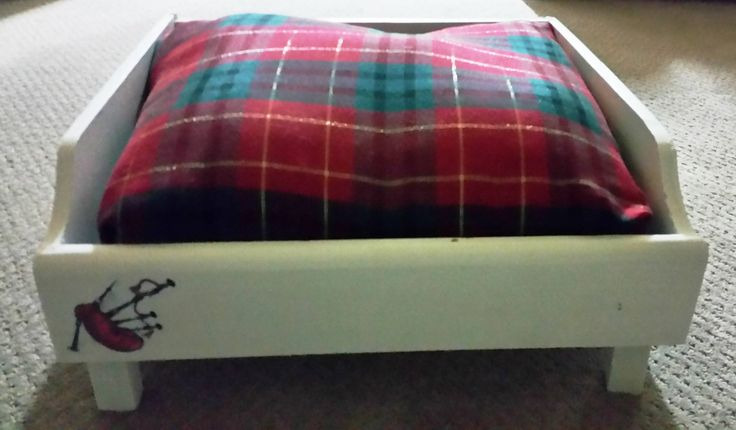 Custom made tartan dog bed // Scottish terrier //Westie // Gift for dog lover // Dog bed // Indoor dog bed // pet bed // Scottish // by BornAgainBargainsCo on Etsy