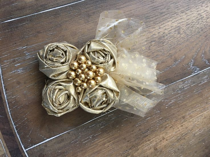 Ready to Ship - Gold Rosette Hair Piece Clip with AlligatorClip and Gold Tulle with Pearl Center / Lightweight by RockinRosettes on Etsy https://www.etsy.com/listing/479140098/ready-to-ship-gold-rosette-hair-piece