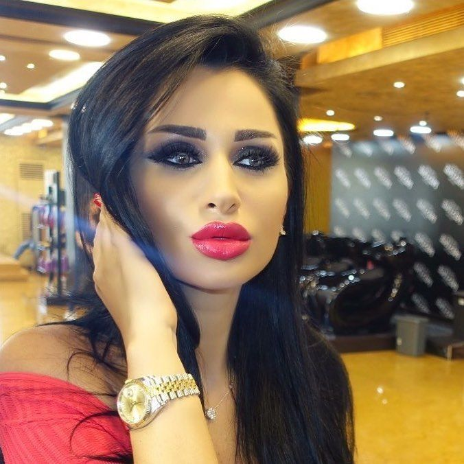 A Girl Should Be 2 Things, Classy And Fabulous⚜️ Makeup by @dimitrislim #prestige_salon_spa #Makeup #Cosmetics #Lashes #Eyeshadow #Eyeliner #Lipstick #MakeupArtist #Mascara #Style #Beauty #Glow #Glam #VerdunSalons #Turkey #Jordan #Qatar #Saudiarabia #Oman #Dubai #Kuwait #Egypt #Lebanon #Beirut #London #Paris. http://ameritrustshield.com/ipost/1548455880223465547/?code=BV9OGtDFaBL