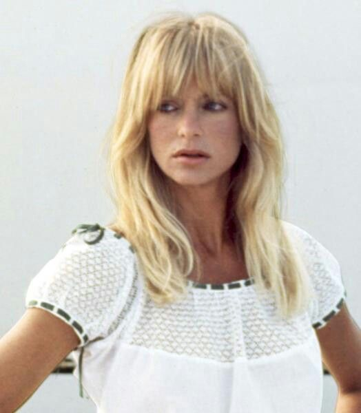 graduated hairstyles : Bangs, Goldie Hawn style inspiration Pinterest