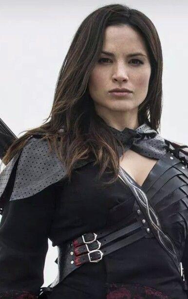 Katrina Law as Nyssa Al Ghul in Arrow.
