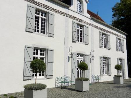 An Elegant & Quintessentially French Château