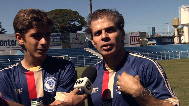 Túlio Maravilha jogará a terceira divisão do Paulista ao lado do filho #globoesporte