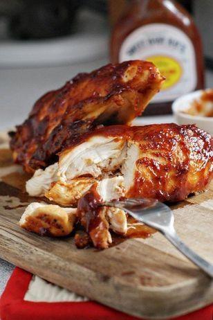 BBQ Chicken im Ofen gebacken Rezept: Hühnerbrust,Olivenöl,Paprikapulver,Zitronensaft,gepresst,Salz,Pfeffer,Wahl