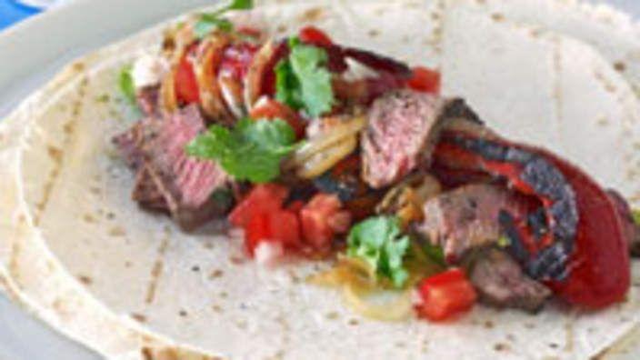 Beef fajitas recipe : SBS Food