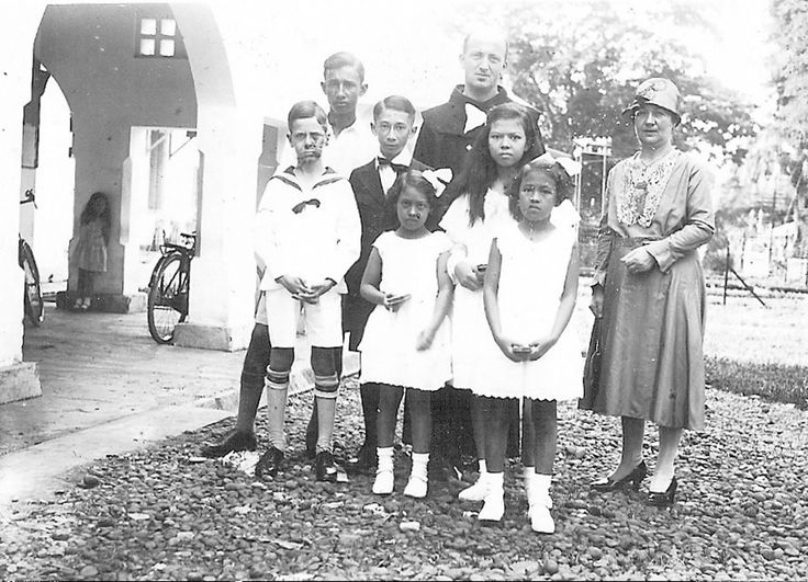 First Holy Communion in Tangerang in the Dutch East Indies around 1930 | Flickr - Photo Sharing!
