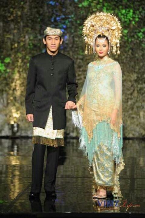 Modern Minang look ♡