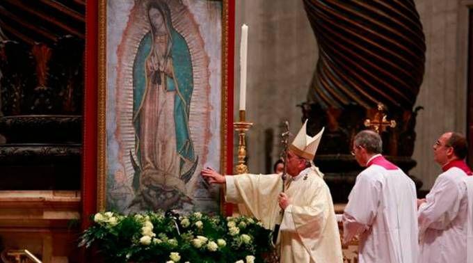 VIDEO Y TEXTO: Homilía del Papa en la Misa por la Virgen de Guadalupe en el Vaticano 12/12/2016 - 12:40 pm .- El Papa Francisco pronunció una bella homilía en el día en el que la Iglesia celebra a la Virgen de Guadalupe, Emperatriz de América y Patrona de México.