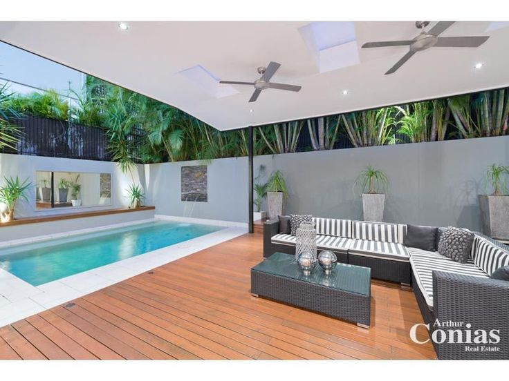 Outdoor living design with deck from a real Australian home - Outdoor Living photo 1675637