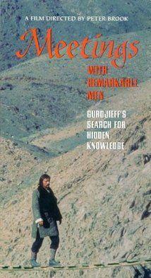Meetings with Remarkable Men (1979) E - Meetings with Remarkable Men: Bygger på George Ivanovich Gurdjieffs egen bok med samma namn och skildrar hans tidiga liv och resor på jakt efter sann kunskap och andlig upplysning. Med start i barndomen följer filmen hans resor genom Centralasien och hans möten med de män och kvinnor som kom att inspirera honom till den gärning för västvärldens kulturliv och filosofi som han fullföljde under senare halvan av sitt liv.