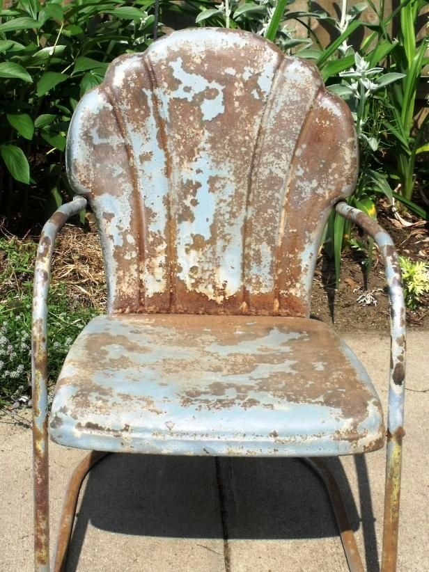 How to Tell If Metal Furniture and Decor Is Worth Refinishing - 458 Best Antique Metal Chairs I Love,love,love! Images On Pinterest