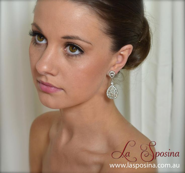 Beautiful bridal earrings. Perfect for any lace or vintage inspired gown. See them here: http://lasposina.com.au/index.php?route=product/product=61_id=87