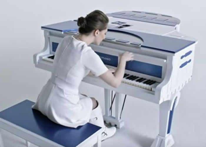 La Pianista que Toca Música de Películas y Video Juegos
